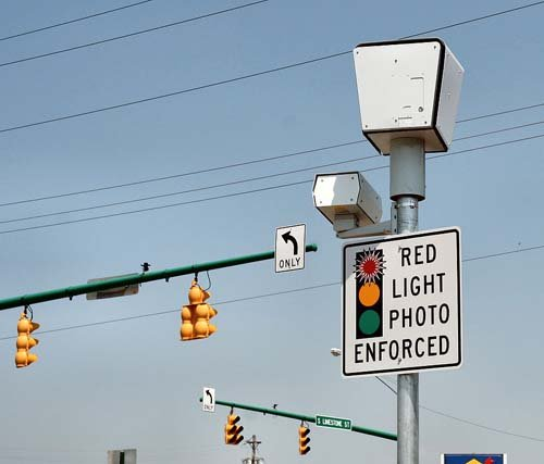 Red light enforcement camera