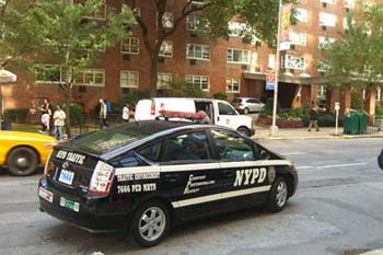 Toyota_Prius_NYPD_Traffic_Enforcement